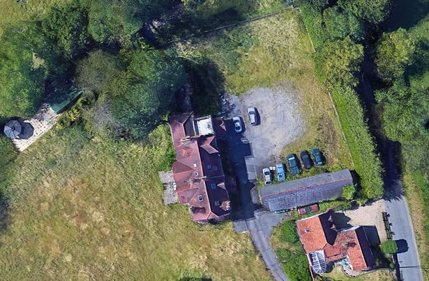 nhà hoang google maps