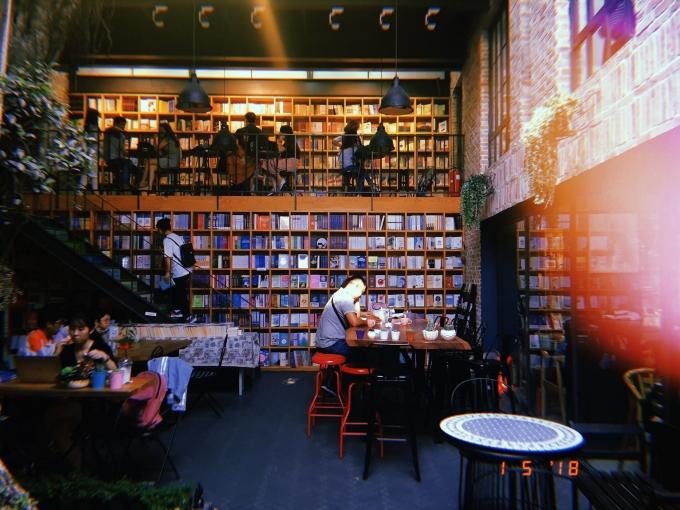 Nhã Nam Books N'Coffee