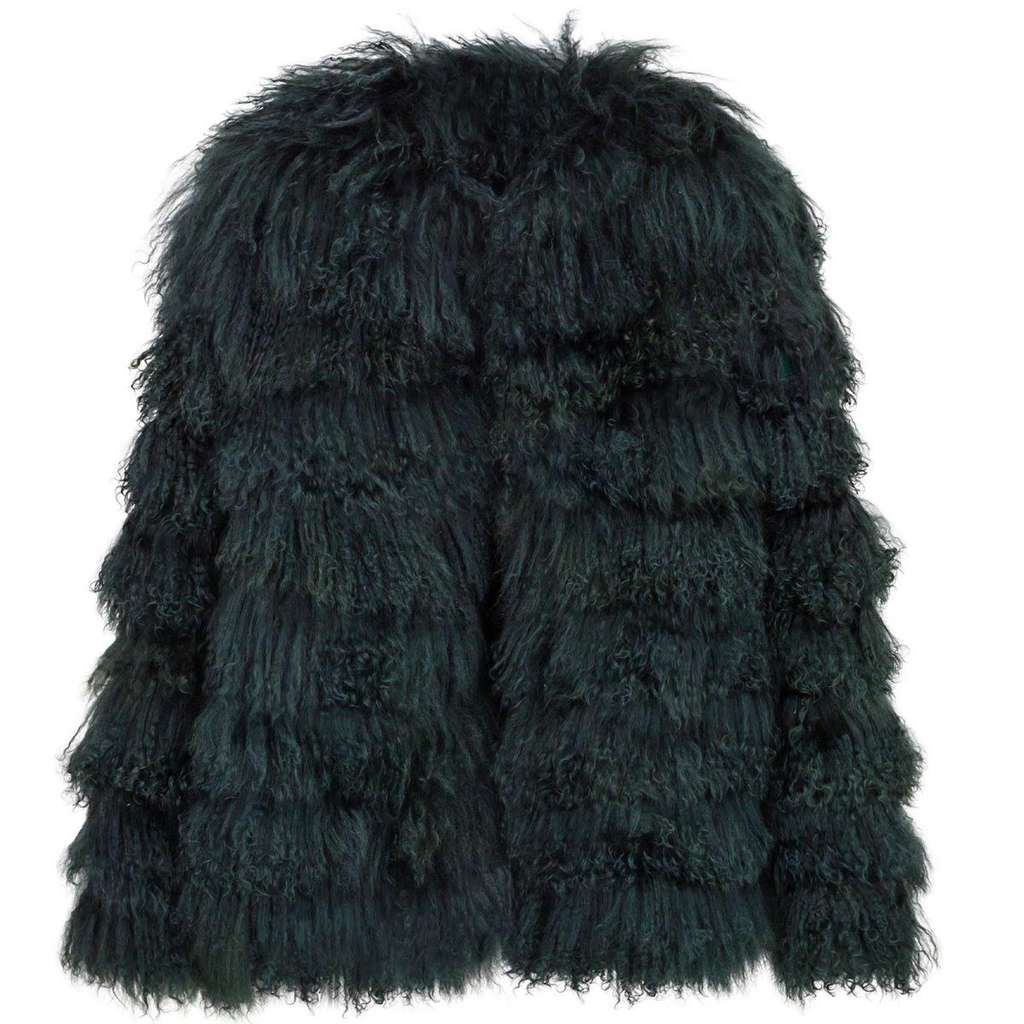 Giá-trang-phục-của-BlackPink-Jennie