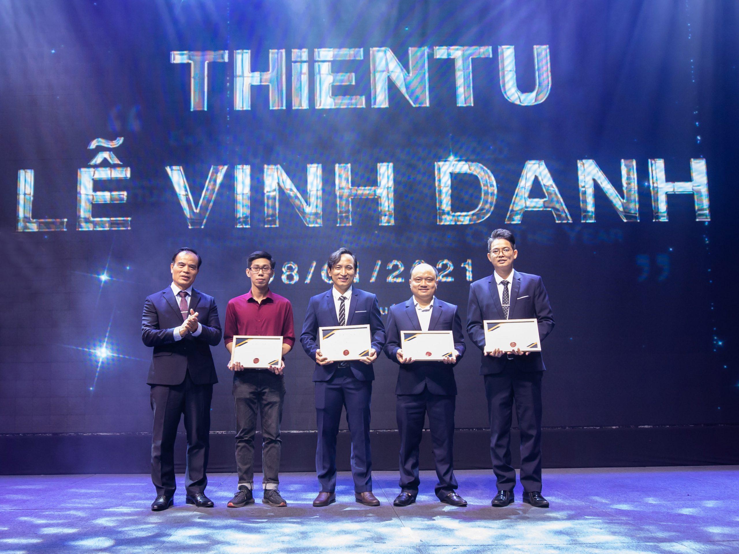 Lễ vinh danh cá nhân - tập thể xuất sắc 2020 tại Công Ty Thiên Tú