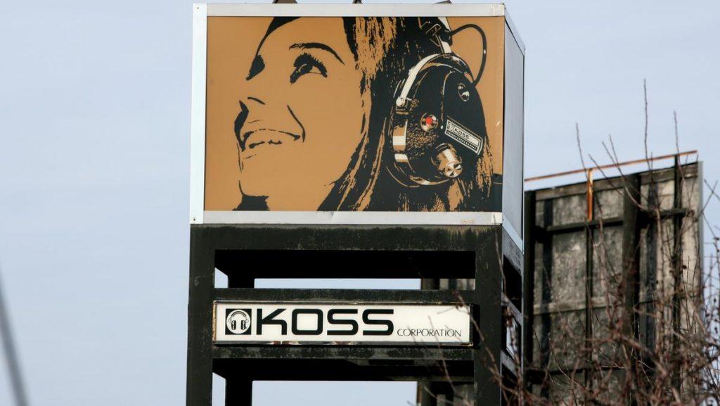 Mức tăng này của cổ phiếu Koss có phần đi ngược lại với thị trường